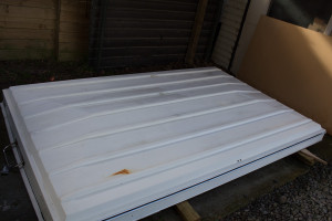 The roof removed from the caravan